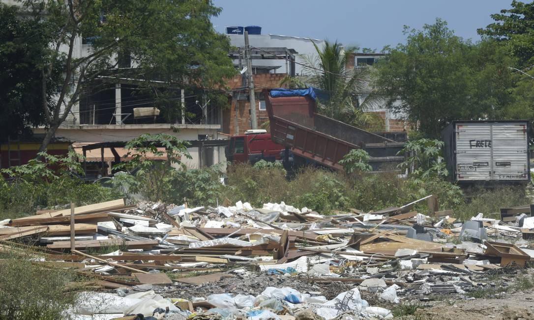 O assentamento é no entorno do Morro do Portelo, contraforte do Parque Estadual da Pedra Branca. Foto: Marcos Ramos / Agência O Globo