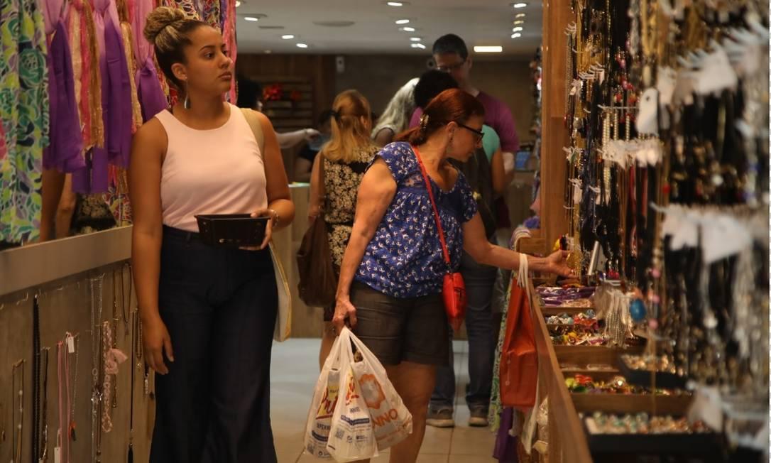 Os serviços avançaram 1,3% em 2018. Os destaques foram atividades imobiliárias, seguidas por comércio e transportes Foto: Bárbara Lopes - Agênncia O Globo