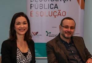 Ilona Szabó e Renato Sérgio de Lima durante evento no Rio de Janeiro, em 2018 Foto: Marcelo Régua / Agência O Globo