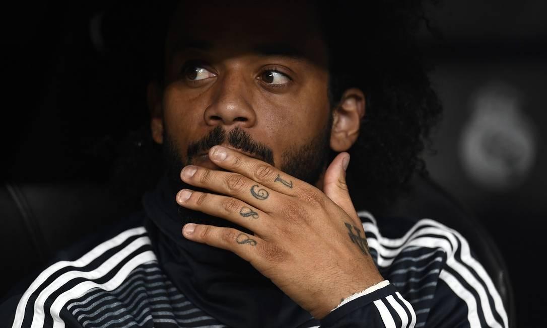 Marcelo perde espaço no Real Madrid e na seleção Foto: OSCAR DEL POZO / AFP