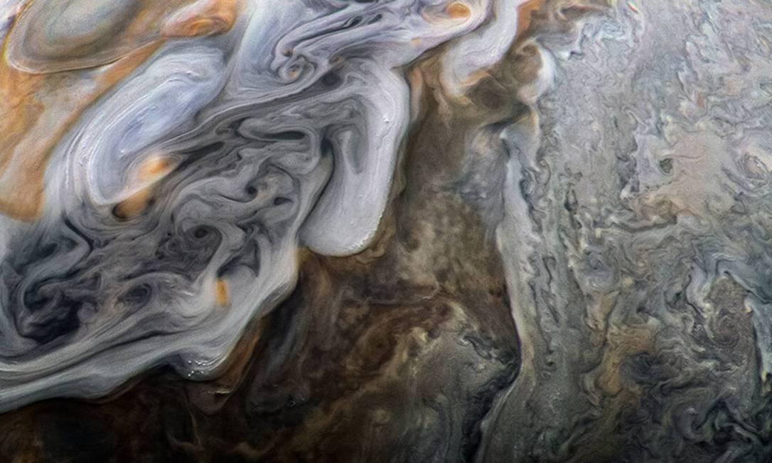 Jatos e vórtices no Cintur?o Norte Temperado de Júpiter Foto: NASA / JPL-Caltech / SwRI / MSSS / Kevin M. Gill / NASA