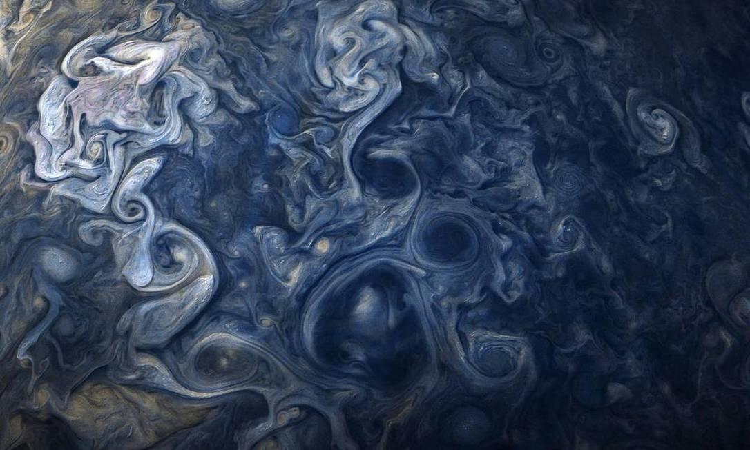 Juno capturou esta imagem quando a espa?onave estava a 11.747 milhas acima das nuvens Foto: NASA / JPL-Caltech / SwRI / MSSS / Gerald Eichst?d / Seán Doran / NASA