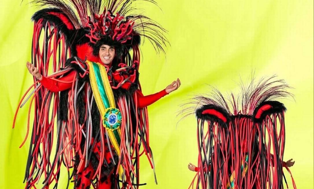 Vermes vestidos com faixa presidencial serão uma das críticas sociais levadas para a Avenida pela Unidos da Tijuca, que no enredo sobre o pão trata de algumas mazelas Foto: Divugalçaõ