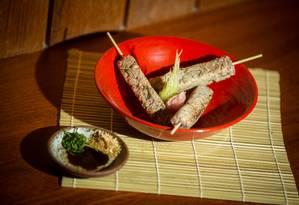 Ingredientes e modo de preparo rendem 3 unidades do prato Foto: Brenno Carvalho / Agência O Globo