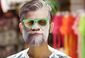 Máscaras do ator Fábio Assunção são vendidas na Saara; dependência química dele virou meme na internet e tema de música; ator foi à Justiça Foto: Gabriel de Paiva