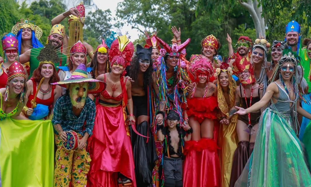 Desfile de muitas cores na Terreirada Cearense, na Quinta da Boa Vista Foto: Marcelo Regua / Marcelo Regua