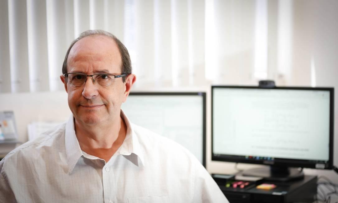 """Pedro do Nascimento Silva defende que Censo brasileiro já é """"barato"""" e """"enxuto"""" Foto: Roberto Moreyra / Agência O Globo"""