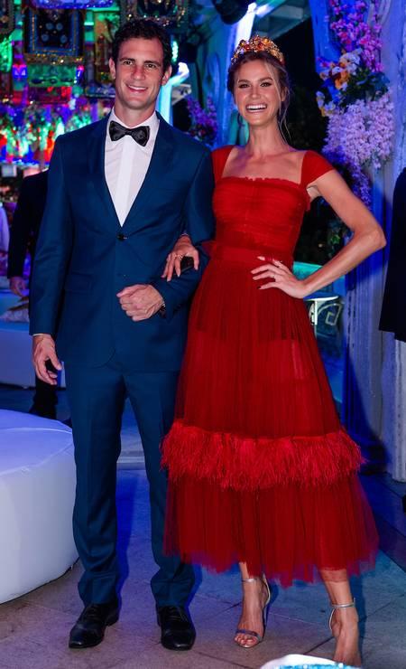 Renata Kuerten e o empresário Beto Senna: top foi de Dolce & Gabbana Foto: Miguel Sá