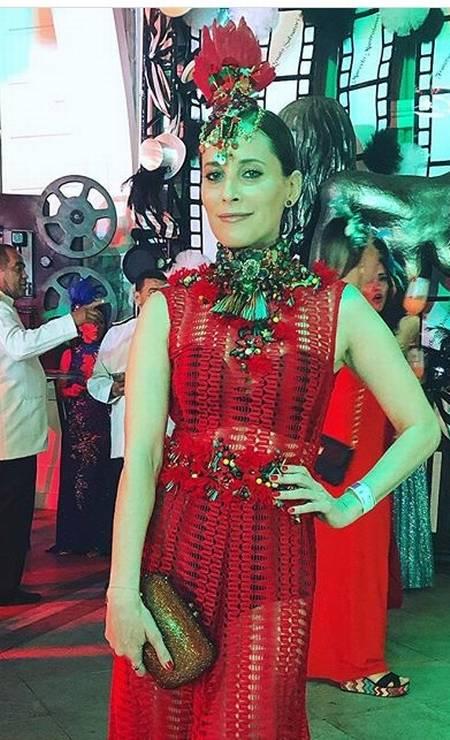 A atriz portuguesa Maria João Bastos escolheu um vestido da Martu Foto: Reprodução