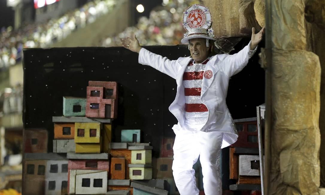 Eri Johnson foi destaque em alegoria do Salgueiro neste domingo Foto: Márcio Alves