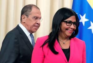 Vice-presidente venezuelana, Delcy Rodríguez, em encontro com chanceler russo, Sergei Lavrov, em Moscou Foto: MAXIM SHEMETOV / REUTERS