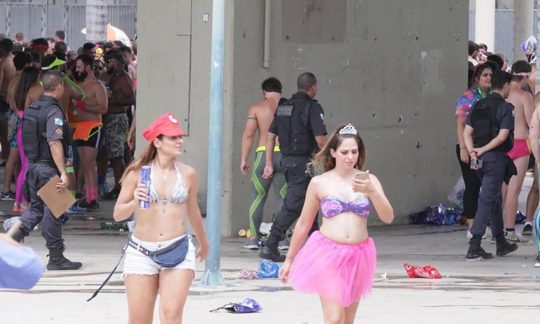 A PM impediu que o Bunytos de Corpo continuasse o desfile Foto: Agência O Globo