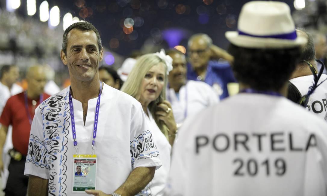Marcelo Sicilliano acompanhou o desfile da Portela e elogiou homenagem da Mangueira a Marielle Franco Foto: GABRIEL MONTEIRO / Agência O Globo