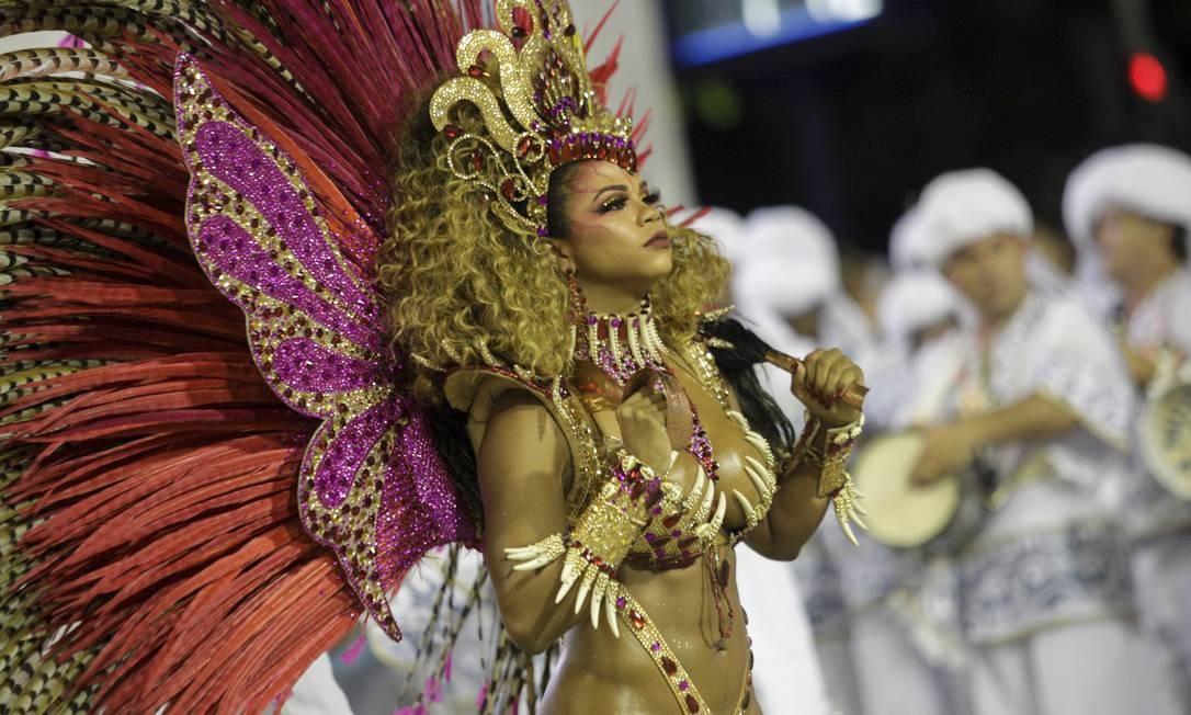 Bianca Monteiro, rainha de bateria da Portela: Samba no pé e elegância Foto: GABRIEL MONTEIRO / Agência O Globo