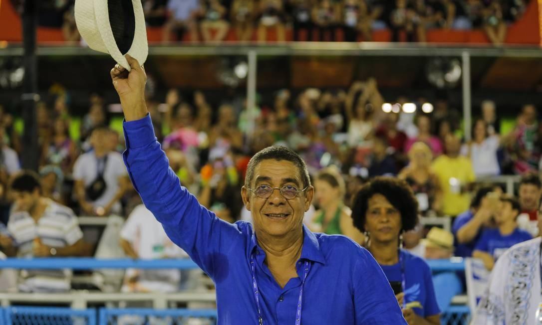Zeca Pagodinho também prestigiou o desfile da Portela Foto: Alexandre Cassiano / Agência O Globo