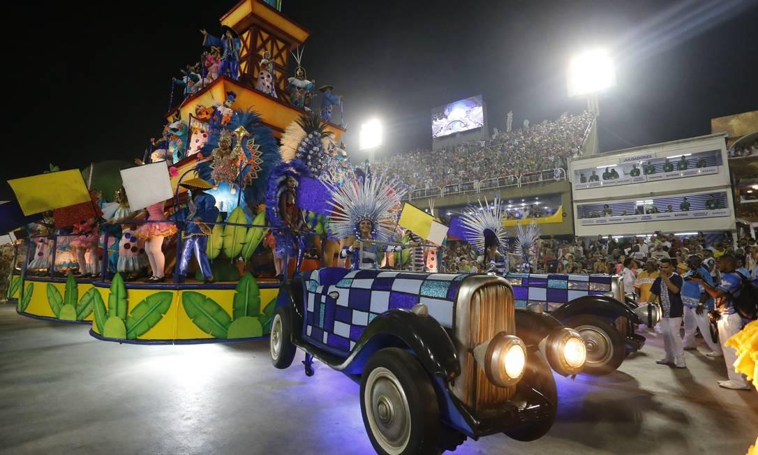 Desfile das Escolas de Samba do Grupo Especial realizado no Sambódromo. Foto: Domingos Peixoto / Agência O Globo