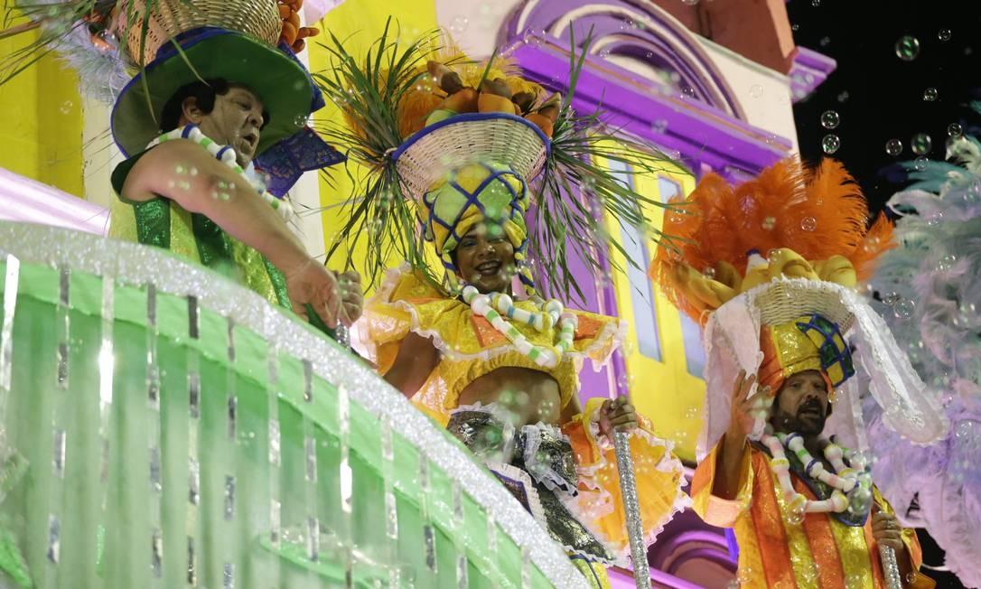 Tuiuti levou à Avenida carro em homenagem à cidade de Fortaleza; 'O oásis capital' Foto: Márcio Alves / Agência O Globo