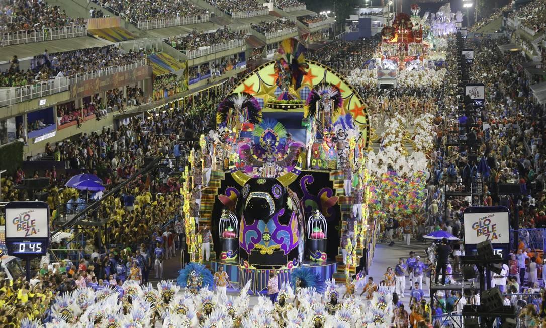União da Ilha cantou o Ceará na Marquês de Sapucaí Foto: Luis Alvarenga / Agência O Globo