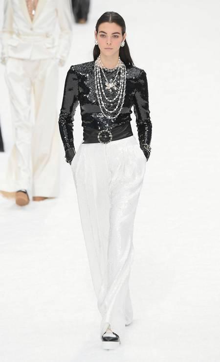 Preto e branco e correntes: clássico Chanel Foto: Dominique Charriau/WireImage