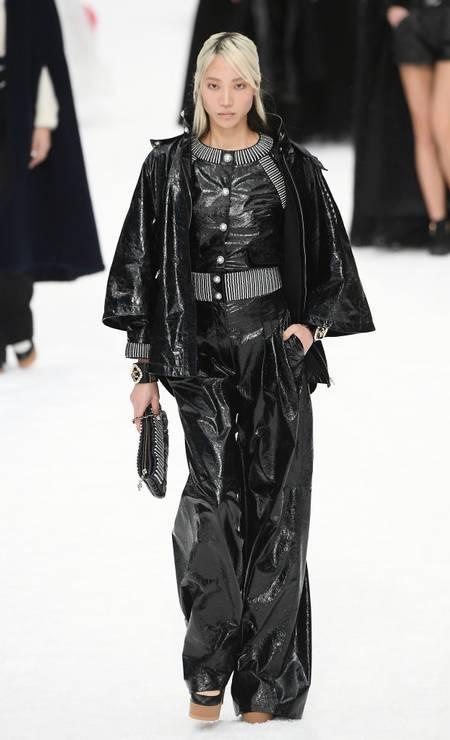 Pantalona de cintura alta no desfile da Chanel Foto: Dominique Charriau/WireImage