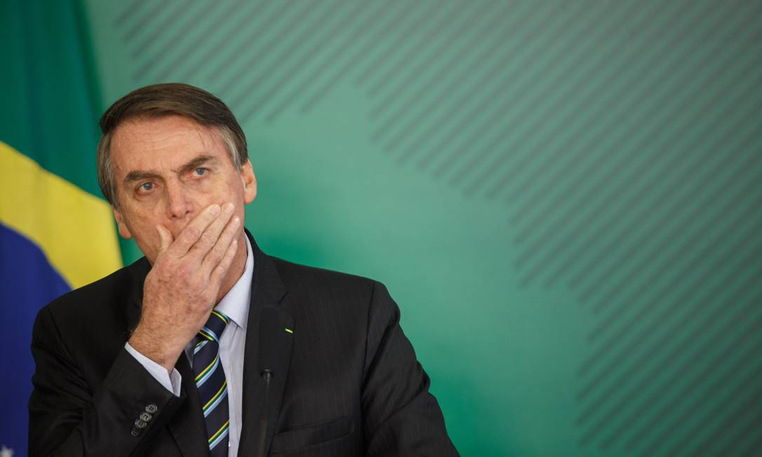Bolsonaro utilizou rede social para questionar internautas sobre prática sexual chamada 'golden shower' Foto: Daniel Marenco / Agência O Globo