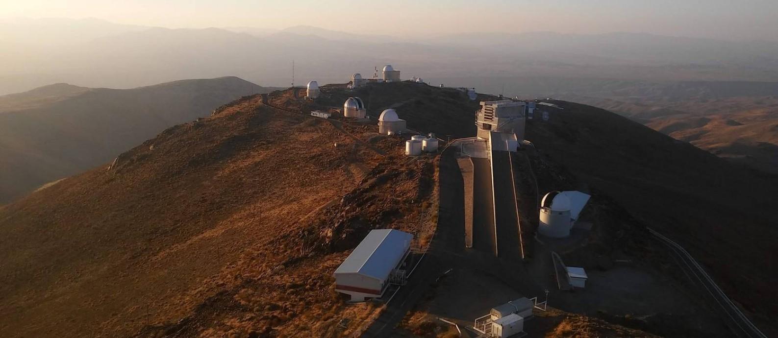 Observatório La Silla, localizado em La Serena, no Chile: local recebe a visitação de turistas interessados em astronomia Foto: Daniela Kalicheski / O Globo