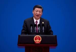 O presidente da Chinam, Xi Jinping, fala em fórum de discussões sobre a Iniciativa do Cinturão e da Rota em 2017: EUA jogam com temores sobre segurança nacional para afastar aliados do projeto Foto: POOL New / Nicolas Asfouri/AFP/Reuters/15-07-2017