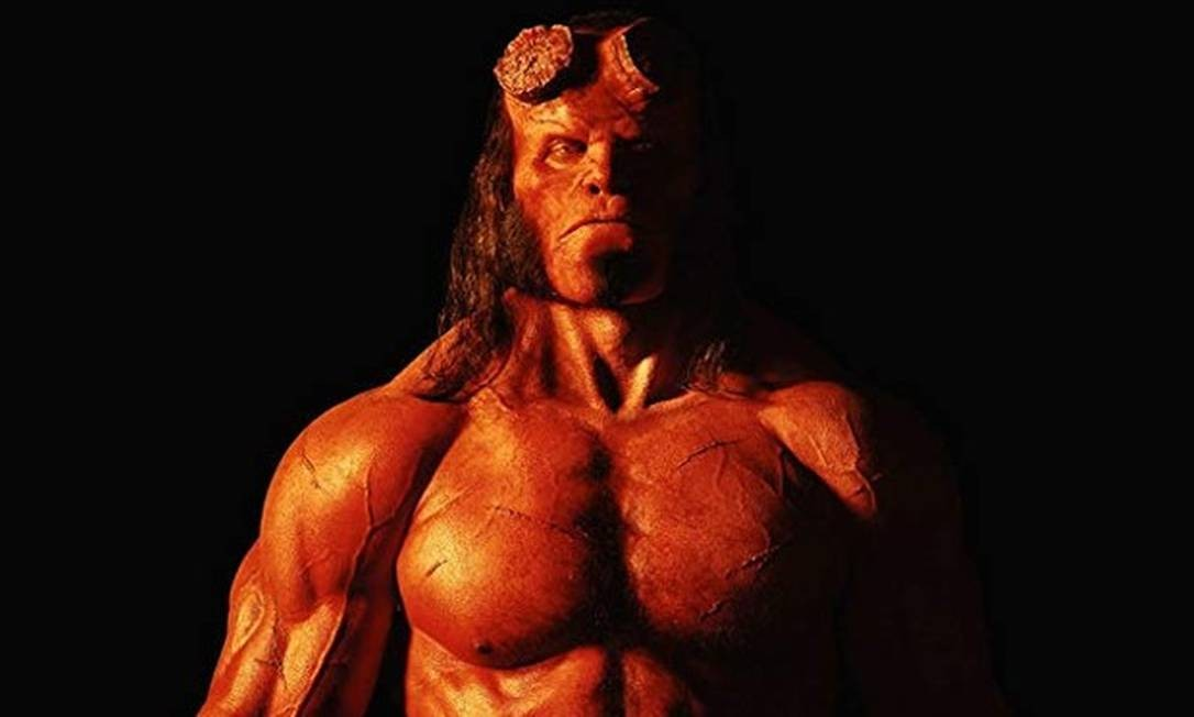 'Hellboy': O terceiro filme do anti-herói, com data de estreia em 11 de abril, marca o início de uma nova fase, que parece mais alinhada com o clima sombrio das HQs de Mike Mignola. Foto: Divulgação