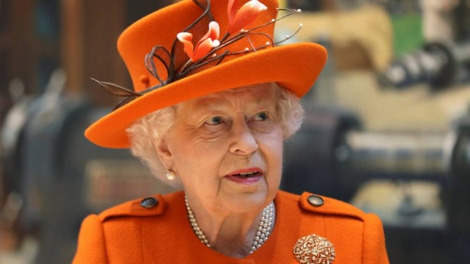 Resultado de imagem para rainha elizabeth no instagram