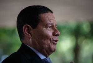 O vice-presidente Hamilton Mourão comentou as declaracões do presidente Jair Bolsonaro Foto: Daniel Marenco / Agência O Globo