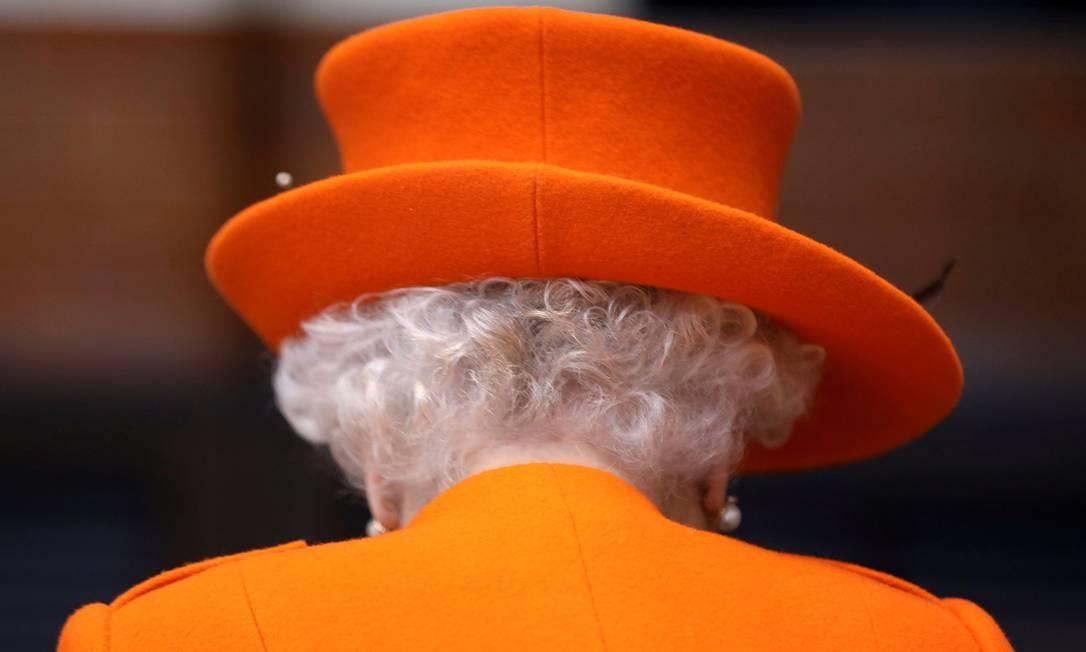 A Rainha Elizabeth II, em visita ao Museu da Ciência, em Londres Foto: SIMON DAWSON / AFP