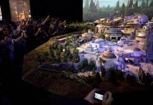 Maquete da nova atração da Disney, a Star Wars Land Foto: Bloomberg