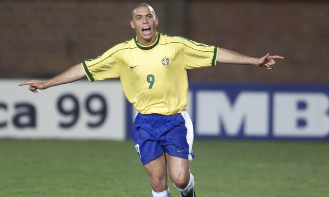 RONALDO - Artilheiro ao lado de Rivaldo na Copa América de 1999, com cinco gols Foto: Hipólito Pereira / Agência O Globo