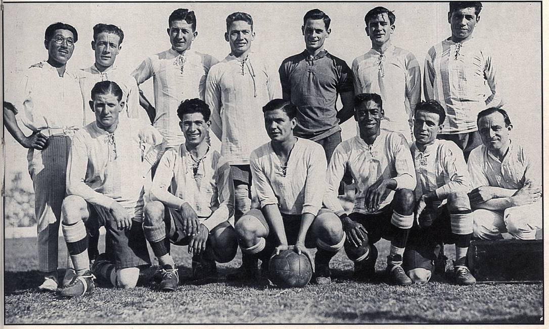 Equipe da Argentina de 1925. O principal rival brasileiro vem logo atrás do Uruguai, com 14 títulos, referentes aos anos de 1921, 1925, 1927, 1929, 1937, 1941, 1945, 1946, 1947, 1955, 1957, 1959, 1991 e 1993 Foto: Reprodução
