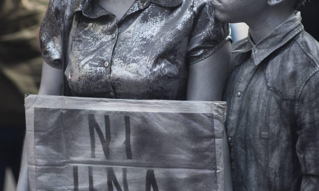 """O movimento Ni Una a Menos (""""Nenhuma a menos"""", em português), surgiu como resposta aos altos índices de feminicídio na Argentina Foto: Mario de Fina / picture alliance via Getty Image"""