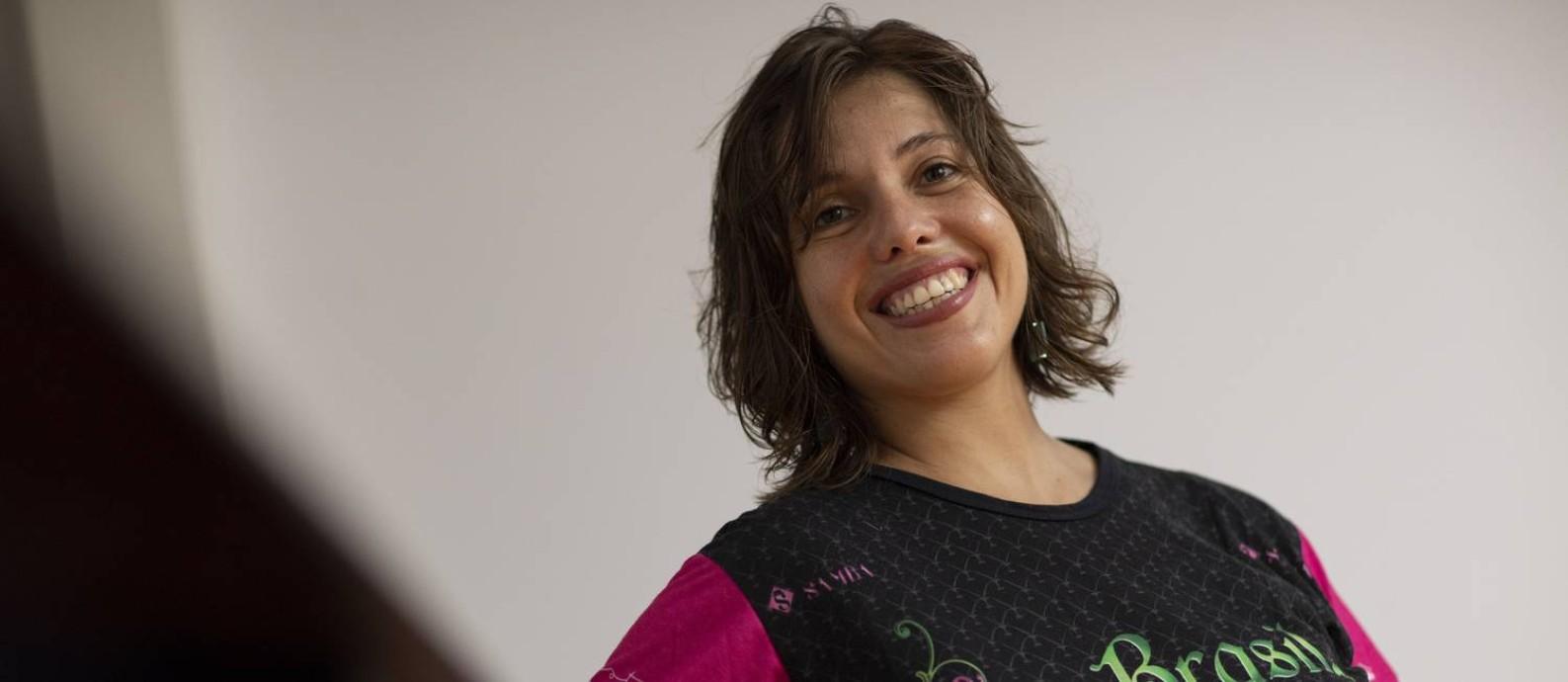 Manu da Cuíca, unica mulher compositora e letrista do samba da Mangueira, campeã do carnaval 2019 Foto: Gabriel Monteiro / Agência O Globo