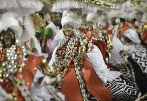 Baianas da Mangueira: escola conquistou o carnaval 2019 Foto: Gabriel Monteiro / Agência O Globo