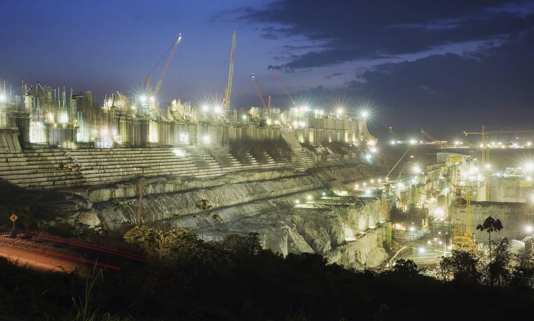 Obras da casa de força principal do sítio Belo Monte, da hidrelétrica de Belo Monte no rio Xingu em Altamira (PA). Foto: Lalo de Almeida / Folhapress