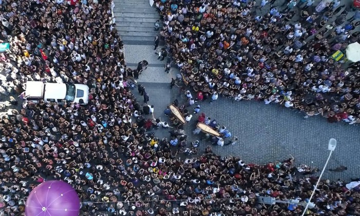 Corpo de Marielle Franco chega para ser velado na Câmara de Vereadores Foto: Renee Rocha / Agência O Globo