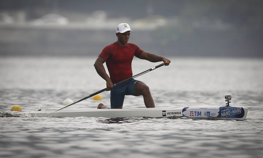 Após conquistar três medalhas na Rio-2016, Isaquias Queiroz vai buscar repetir o feito no Japão, nas provas de C1 1000m e C2 1000m Foto: Pablo Jacob / Agência O Globo