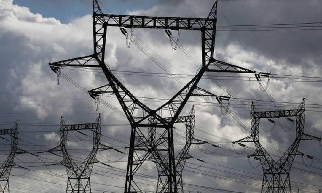 Linhas de transmissão de energia elétrica Foto: / Reuters