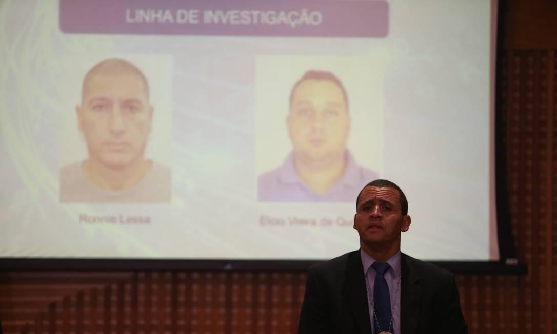 Delegado Giniton Lages comenta sobre a primeira fase da investigação da Operação Lume Foto: Pedro Teixeira / Agência O Globo