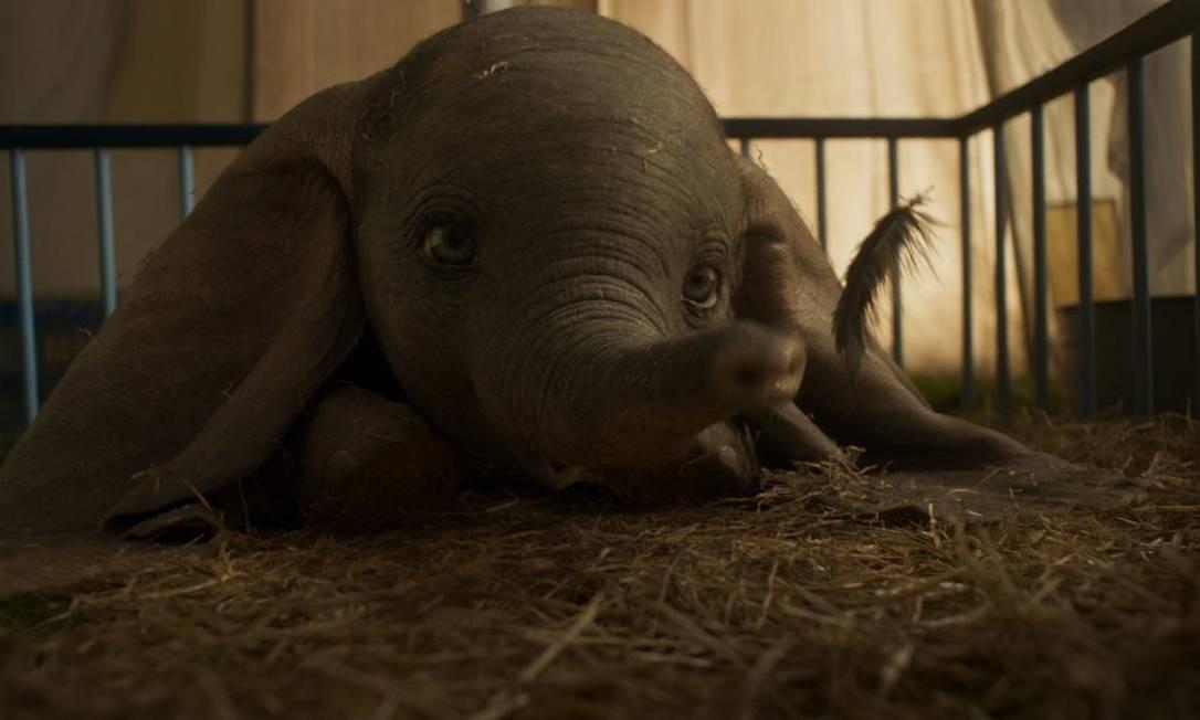 Dirigida por Tim Burton, a versão live action de 'Dumbo' tem estreia prevista ainda para março Foto: Divulgação