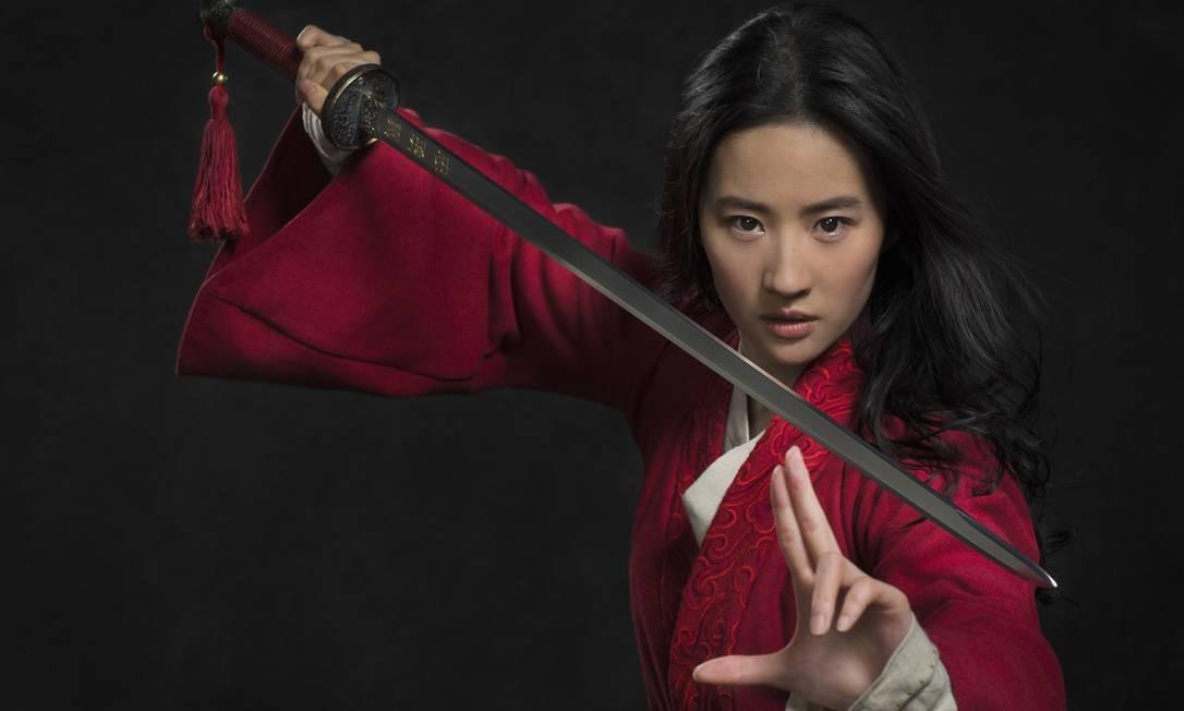 Muito aguardado, o filme 'Mulan', da diretora Niki Caro, tem estreia prevista para março de 2020 Foto: Divulgação/Stephen Tilley
