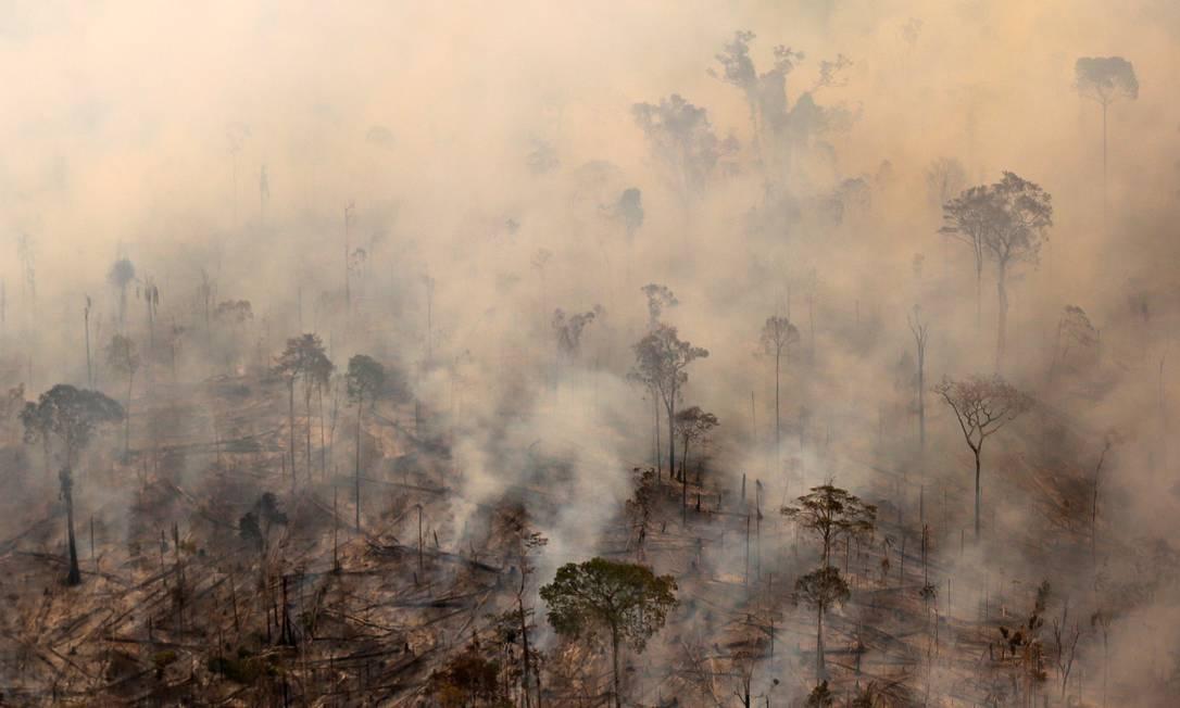 Queimada de área da floresta amazônica: território pode sofrer perda considerável até 2060 Foto: BRUNO KELLY / Reuters/4-8-2017