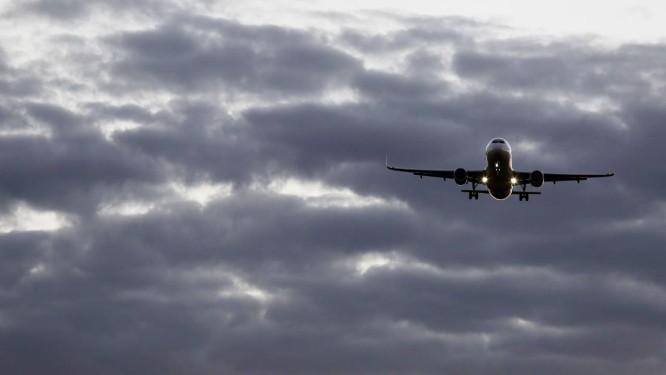 Gol suspende voos internacionais que usavam o mesmo modelo de avião de acidente ocorrido no domingo na Etiópia Foto: Michel Filho / Michel Filho/ Arquivo