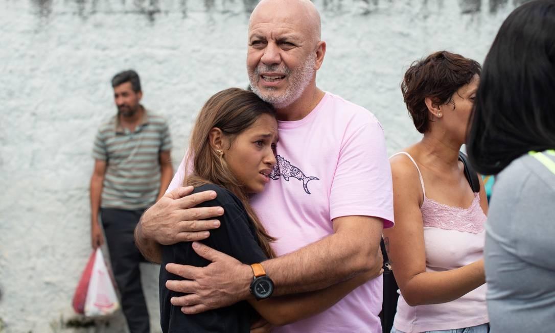 O susto foi grande: alunos da escola ouviram 15 tiros e chegaram a acreditar que barulho dos disparos era de 'bombinhas' Foto: Julien Pereira/Fotoarena / Agência O Globo