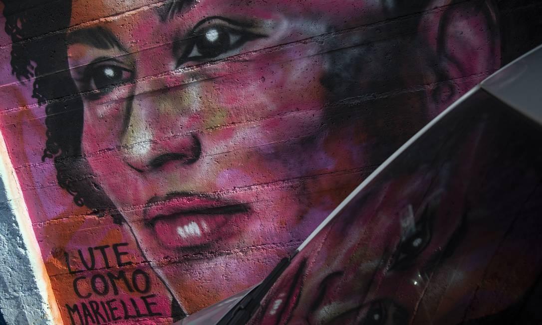 A vereadora assassinada Marielle Franco é retrata com um grafite na comunidade Tavares Bastos, zona sul do Rio Foto: GABRIEL MONTEIRO / Agência O Globo