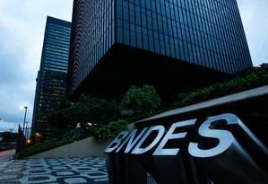 Associação representa BNDES, BB e mais 30 instituições financeiras Foto: Pedro Teixeira / Agência O Globo
