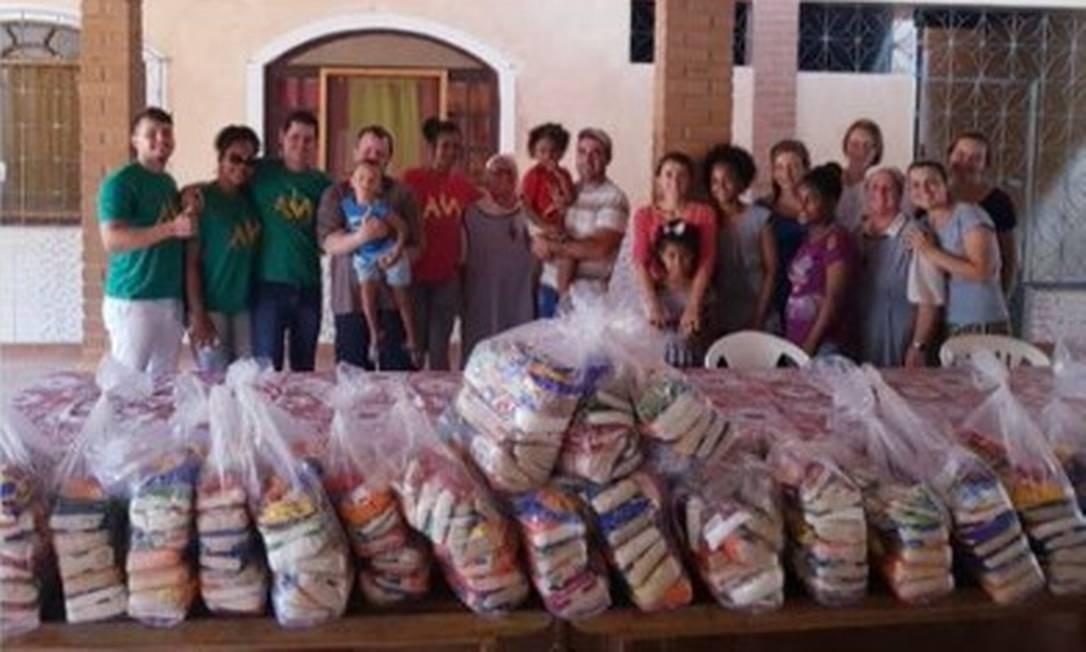 Amanda Nunes entrega doações Foto: Reprodução